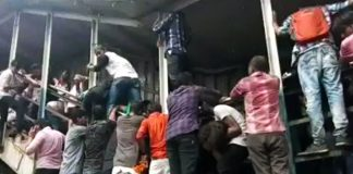 mumbai-railway-station-stampede-kills-least-22