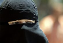 quebec-moves-ban-burqa-third-time-seven-years