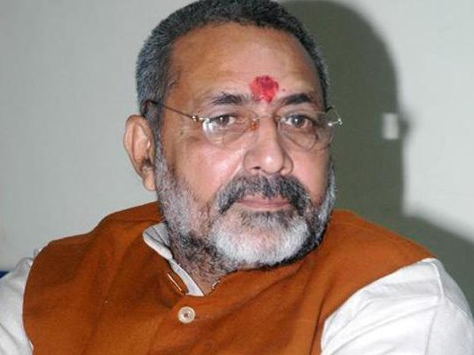 india-not-khwajas-hindustan-union-minister-giriraj-singh-sparks-another-row