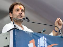 family-worships-lord-shiva-doesnt-use-political-gain-rahul-gandhi