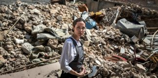 can-smell-bodies-angelina-jolie-mosul-one-year-liberation-us-led-coalition