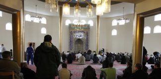 day-christians-muslim-teens-wash-mosque-study-charts-rise-salafism-sweden